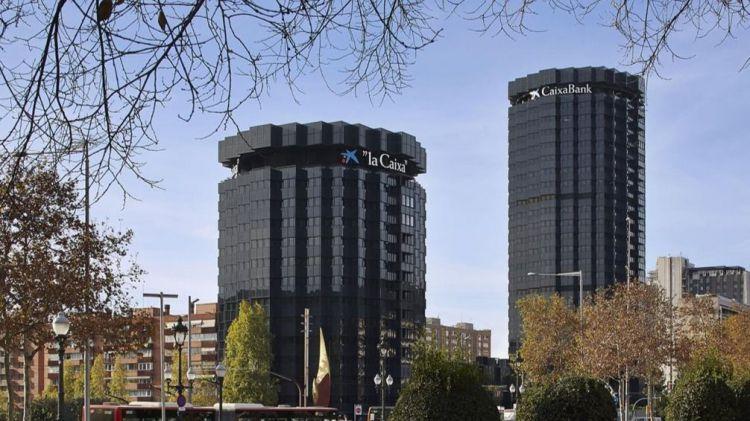 CaixaBank vende su negocio inmobiliario a Lone Star por casi 4.000 millones