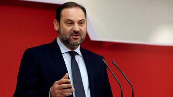 Ábalos anuncia que lanzará contratos de obras por 5.000 millones en lo que queda de año