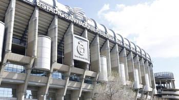 ¿Es más caro vivir al lado del Bernabéu o del Camp Nou?