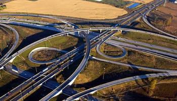 Las grandes constructoras cierran contratos por más de 7.000 millones