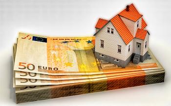 La firma de hipotecas sobre viviendas cae otro 33% en febrero