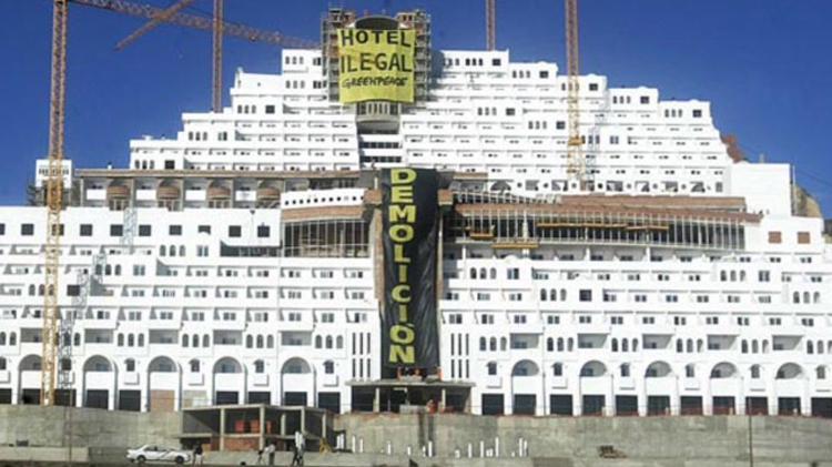 El Supremo da la razón a Greenpeace: el Algarrobico es ilegal, será demolido